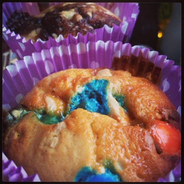 Vaniljmuffins…toppade med vad man har